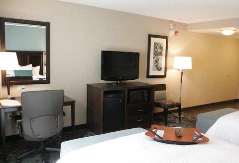 Hampton Inn by Hilton Toronto Airport Corporate Centre - 2 Queen Beds