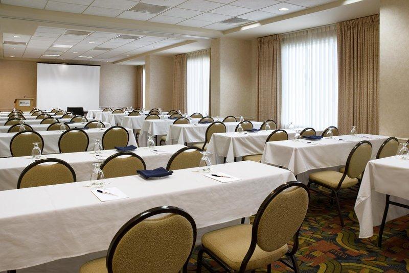 Hilton Garden Inn Calgary Airport Konferensrum