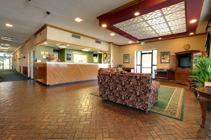 Americas Best Value Inn - Natchitoches, LA