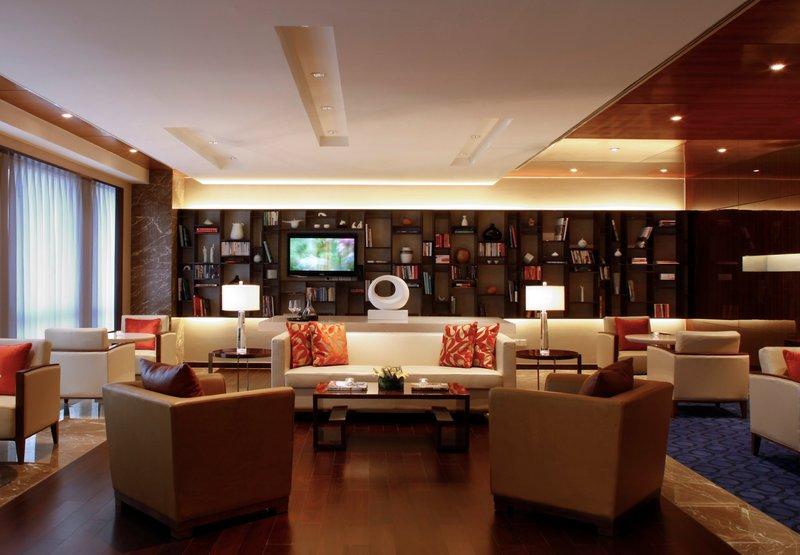 上海绿地万怡酒店 酒吧/休息厅