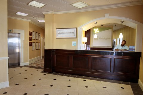 Holiday Inn Charleston Riverview Hotel - Front Desk