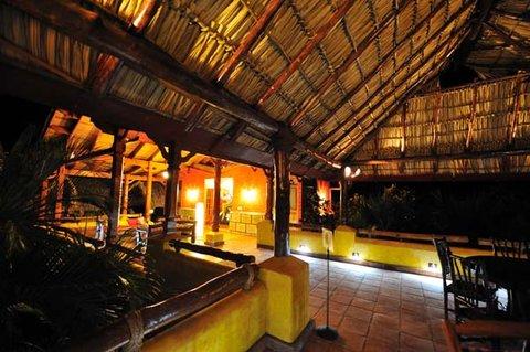 Hacienda Puerta Del Cielo - Interior