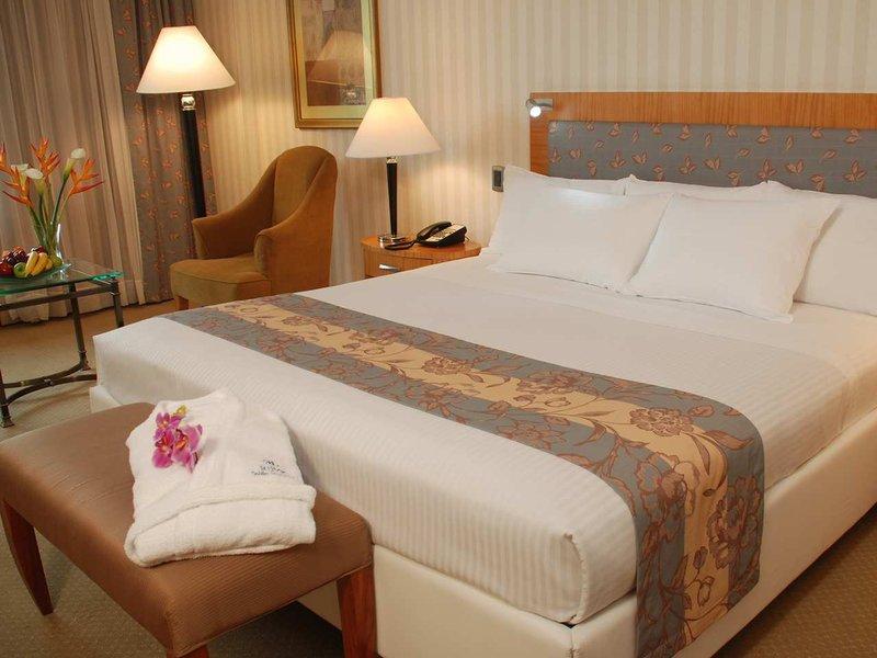 Hilton Colon Guayaquil hotel Widok pokoju