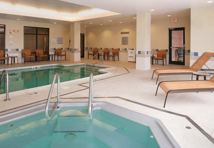 Courtyard by Marriott Boston Waltham Fitness Club