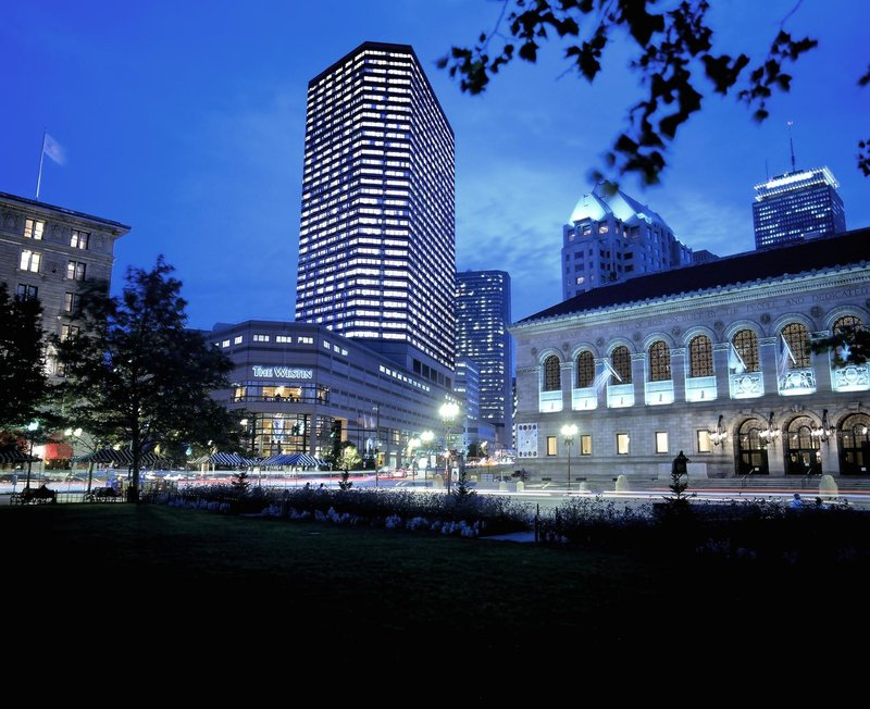 Hotels Near  Dartmouth Street Boston
