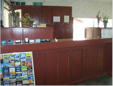 Knights Inn Lake Havasu City - Front Desk