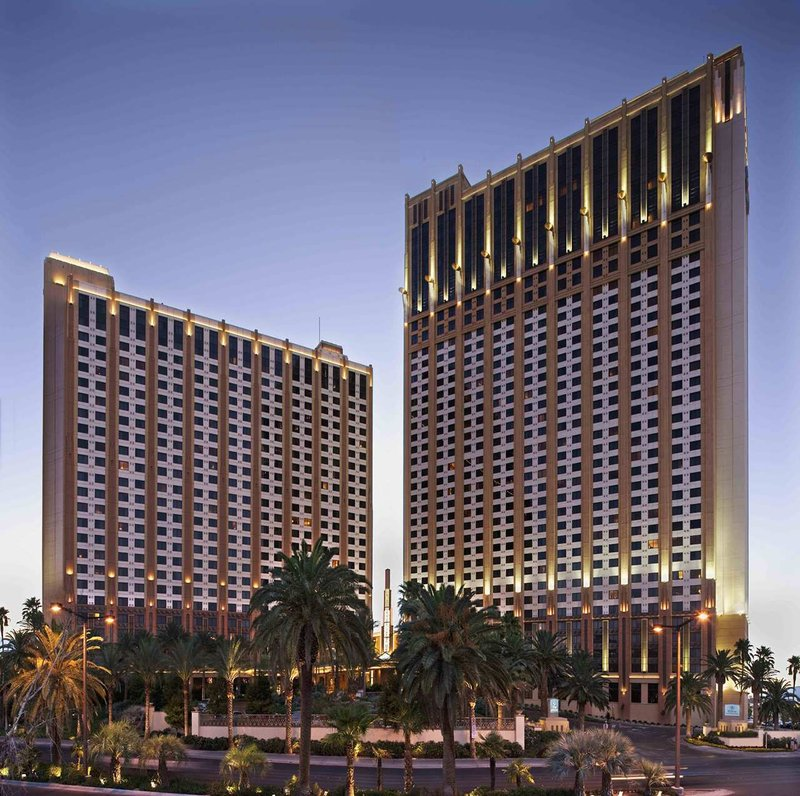 Hilton Grand Vacations Club on the Las Vegas Strip Fasad