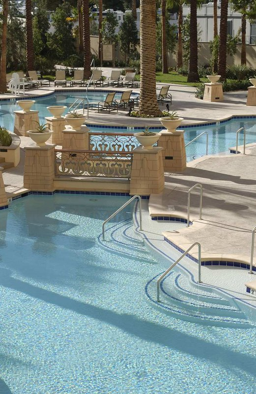 Hilton Grand Vacations Club on the Las Vegas Strip Zwembadaanzicht