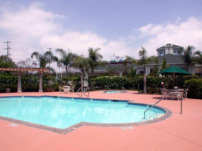 Hilton Garden Inn LAX/El Segundo Pool