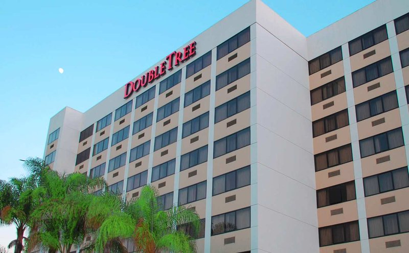 Hotel deals near lax los angeles airport marriott autos post for Cat hotels los angeles