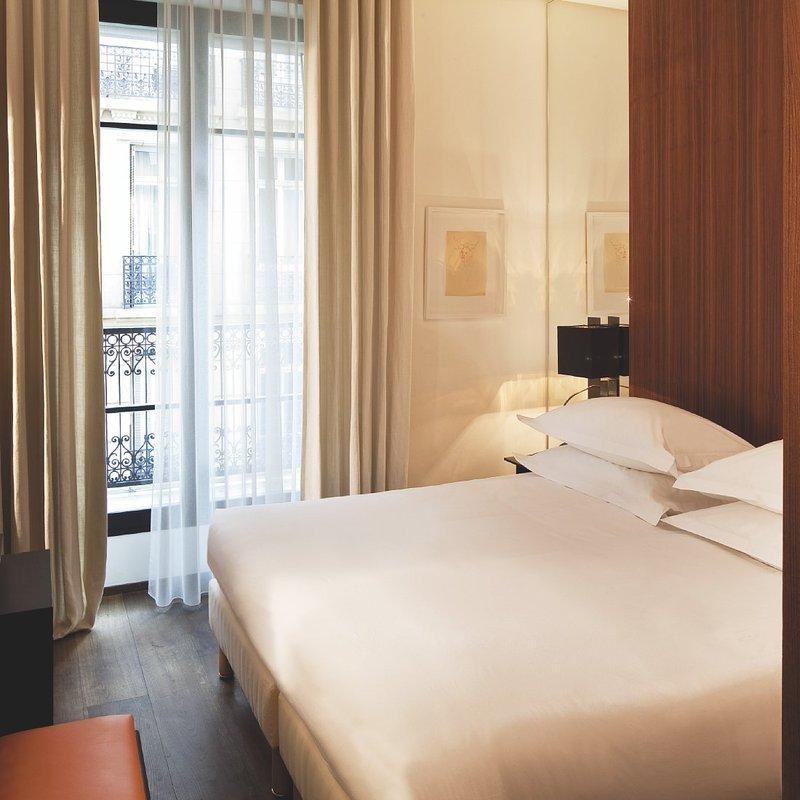 Radisson Blu Le Metropolitan Hotel, Paris Eiffel Zimmeransicht