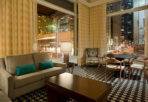 Marriott Courtyard Denver Downtown Hotel - King Suite