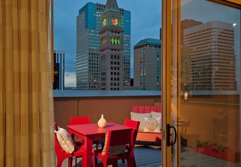 Marriott Courtyard Denver Downtown Hotel - Presidential Suite Patio
