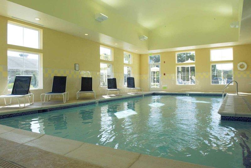 Hampton Inn & Suites Mystic - Mystic, CT