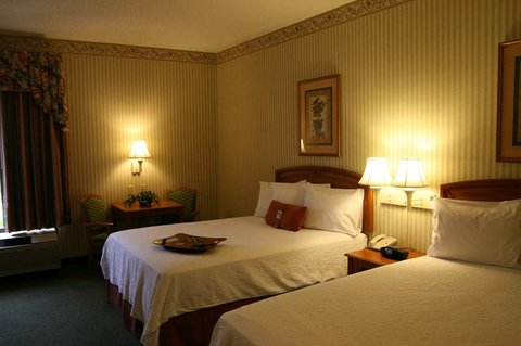 Hampton Inn Hagerstown - Maugansville - Two Queens Accessible