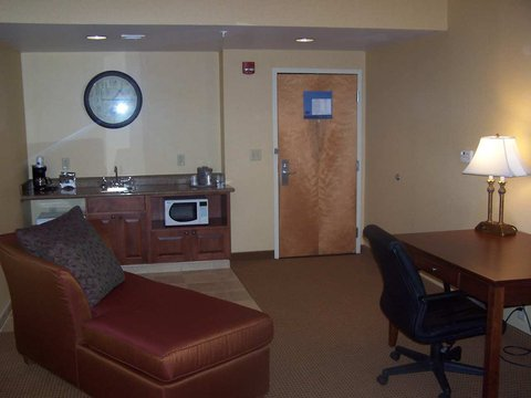 Hampton Inn Hagerstown - Maugansville - Accessible Living Area