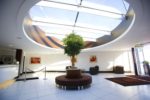 Doubletree by Hilton Hotel & Spa Chester - Reception