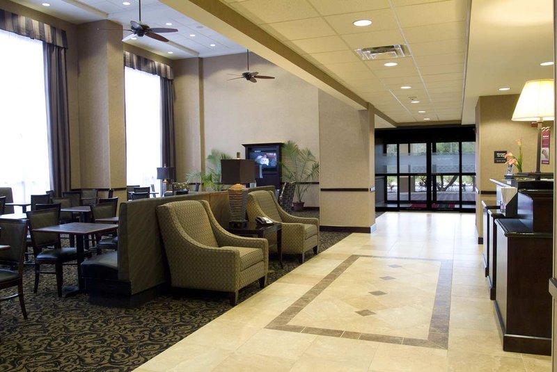 Hampton Inn & Suites Orlando John Young Pkwy S. Park Lobby