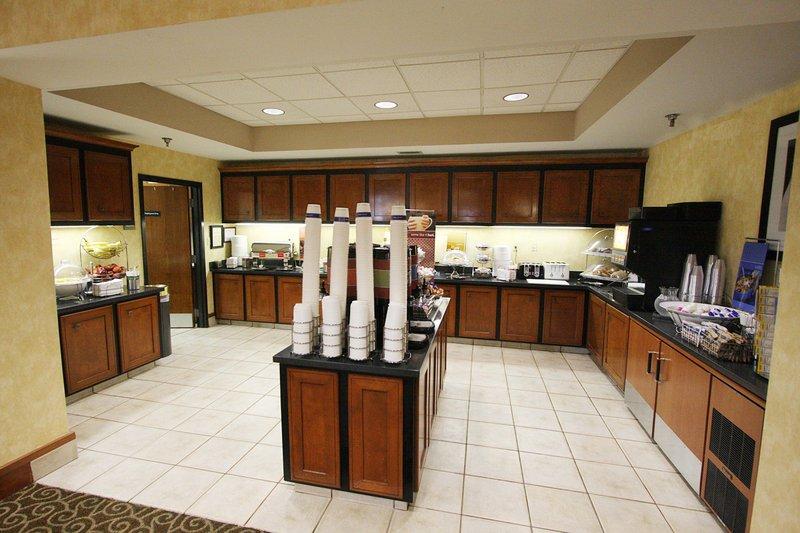 Hampton Inn & Suites Memphis-Wolfchase Galleria Gastronomi