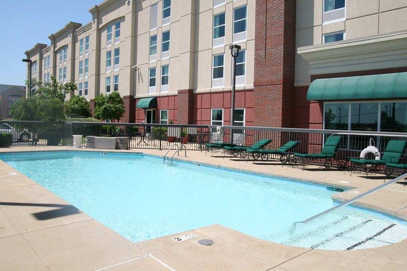 Hampton Inn Memphis-Southwind, TN Вид на бассейн