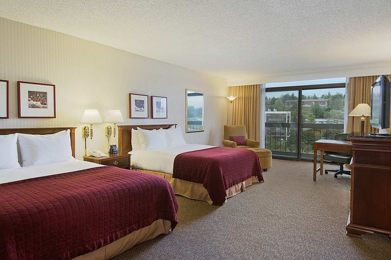 Hilton-Bellevue - Bellevue, WA