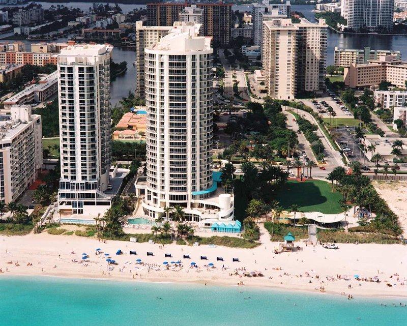 Doubletree Ocean Point Resort & Spa - Miami Beach North Pohled zvenku