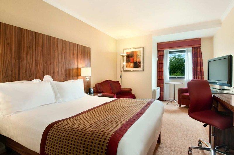 Hilton Milton Keynes View of room