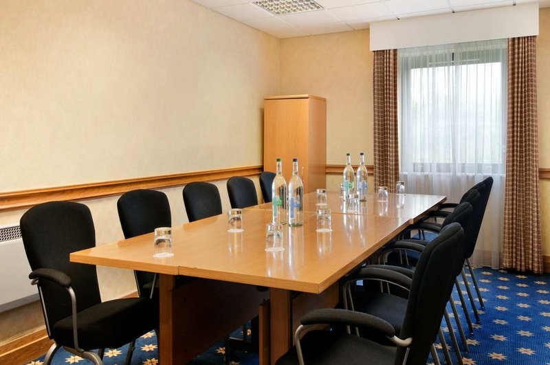 Hilton Milton Keynes Meeting room
