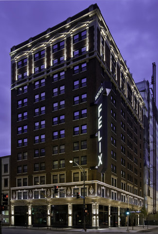 Hotel Felix Chicago - Corner of Clark and Huron in River North