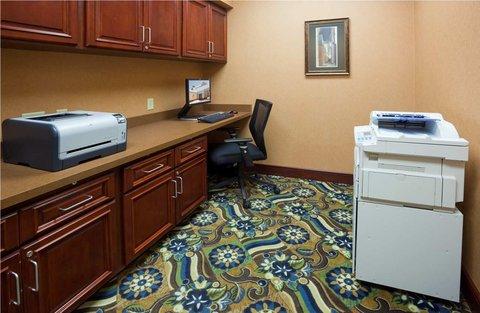 Homewood Suites by Hilton Minneapolis-StLouis Park at West - Business Center