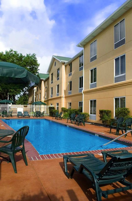 Hampton Inn & Suites New Orleans/Elmwood プール