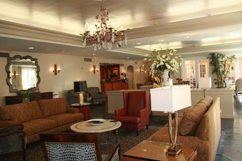 Hampton Inn New Orleans/St.Charles Ave Lobby