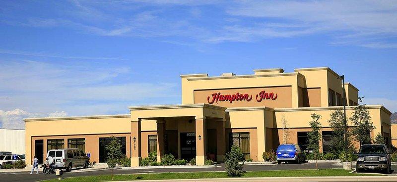 HAMPTON INN MONTROSE CO