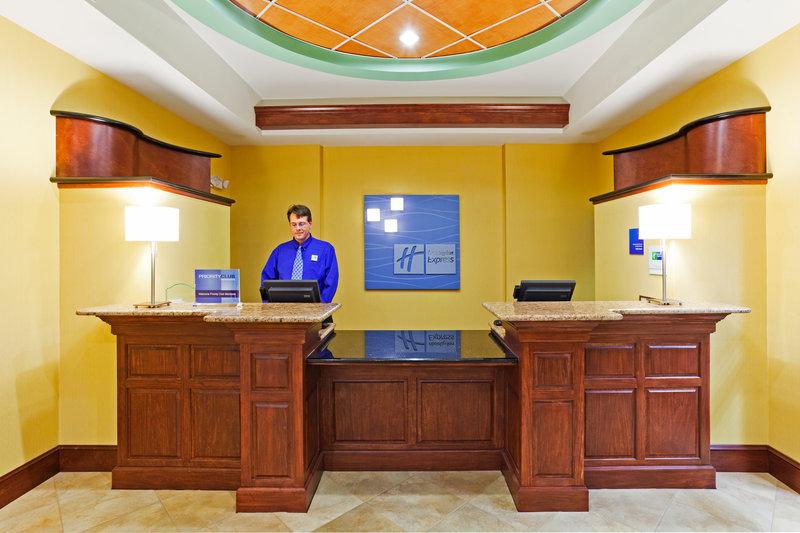 Holiday Inn Express & Suites GOSHEN - Goshen, IN