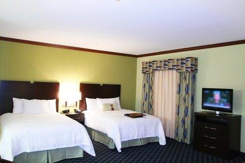 Hampton Inn Alice - Two Queen Beds Suite
