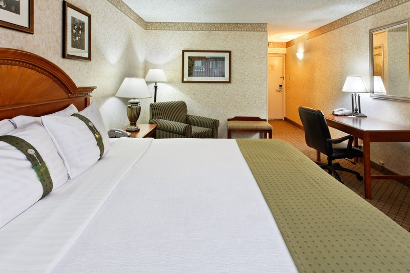 Holiday Inn Seattle-Issaquah 客房视图