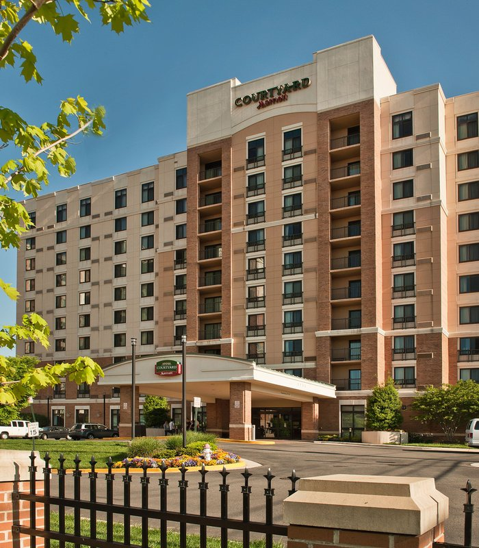 COURTYARD DUNN LORING MARRIOTT