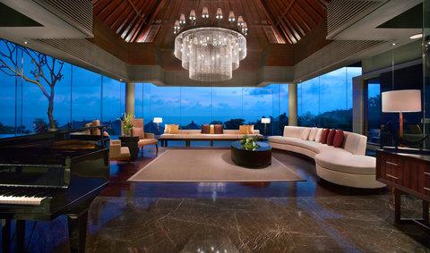 بانيان تري أونغاسان - Presidential Villa Living Room