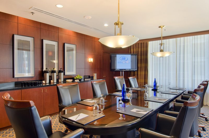 Hilton Suites Chicago/Magnificent Mile Konferenciaterem