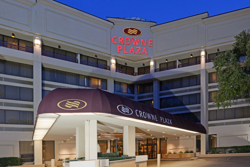 The Crowne Plaza Executive Center Baton Rouge Außenansicht
