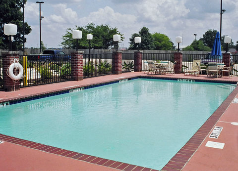 Holiday Inn Express & Suites GREENVILLE - pool