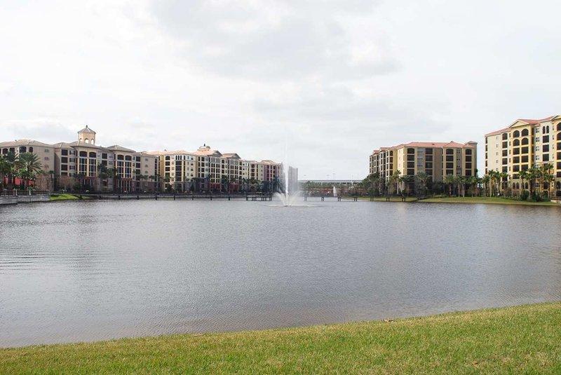 Hilton Grand Vacations Club on International Drive-Orlando Exterior view