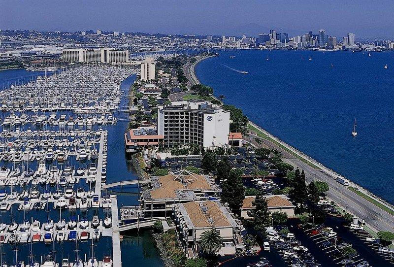 Hilton San Diego Airport/Harbor Island Exterior view