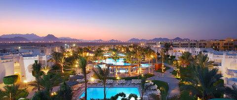 فندق ذا ثري كورنرز ريحانا - Pool Tropical Pool Overview