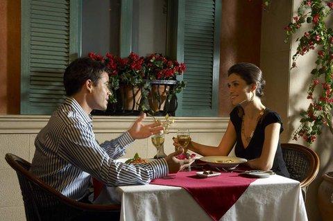 هيلتون العين - Casa Romana Restaurant