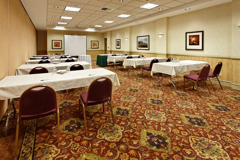 Holiday Inn Seattle-Issaquah 会议厅