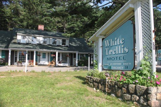 White Trellis Motel - North Conway, NH