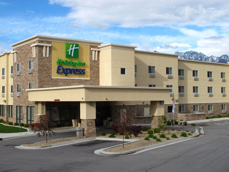 HOLIDAY INN EXPRESS MIDVALE