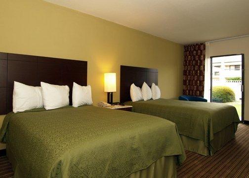 Quality Inn & Suites Pensacola - Pensacola, FL