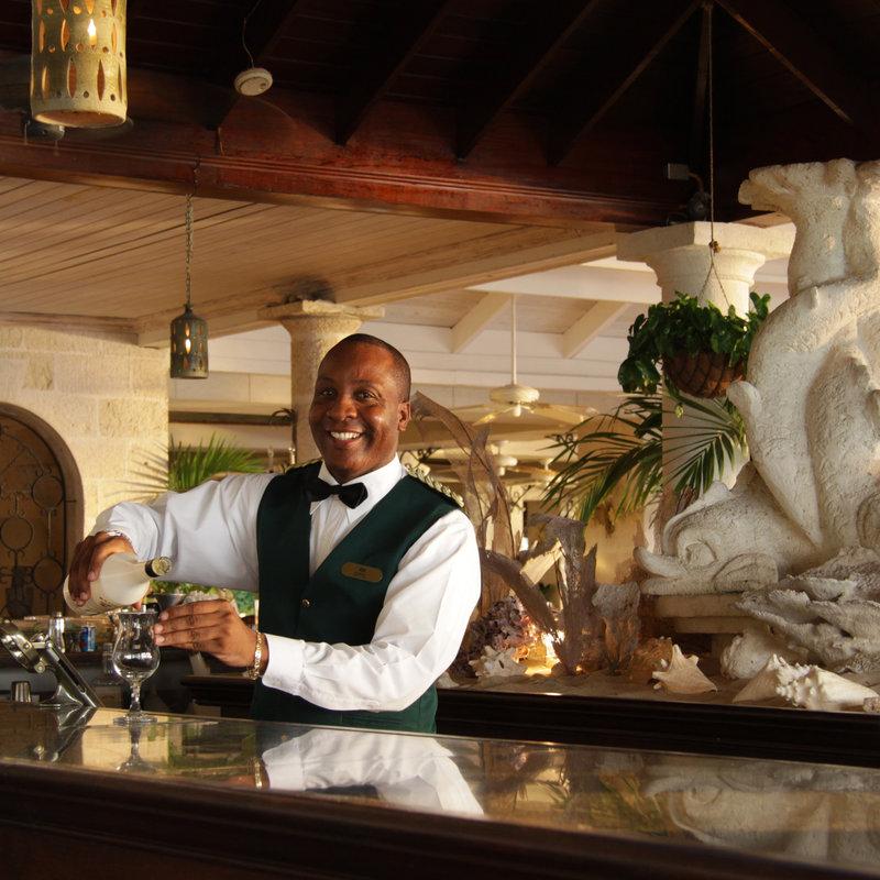 Coral Reef Club Hotel 酒吧/休息厅